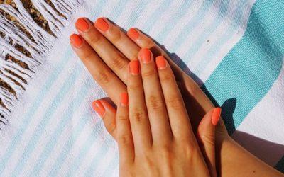 hands, towel, sand